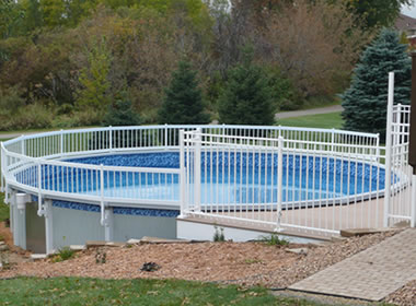 Above Ground Pool Fencing 24 36 Inch Height White Vinyl Fences