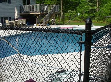 Chain Link Pool Fencing Can Be Used For Residential