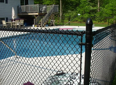 Pool Fencing Available In Aluminum Steel And Vinyl Wire