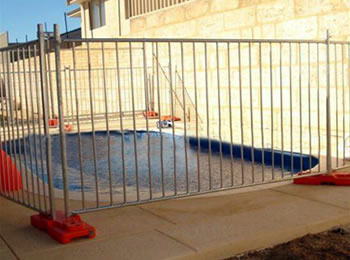 Temporary Mesh Pool Fencing